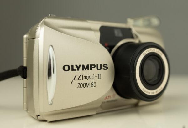 CÁMARA ANALÓGICA Olympus Mju II zoom 80